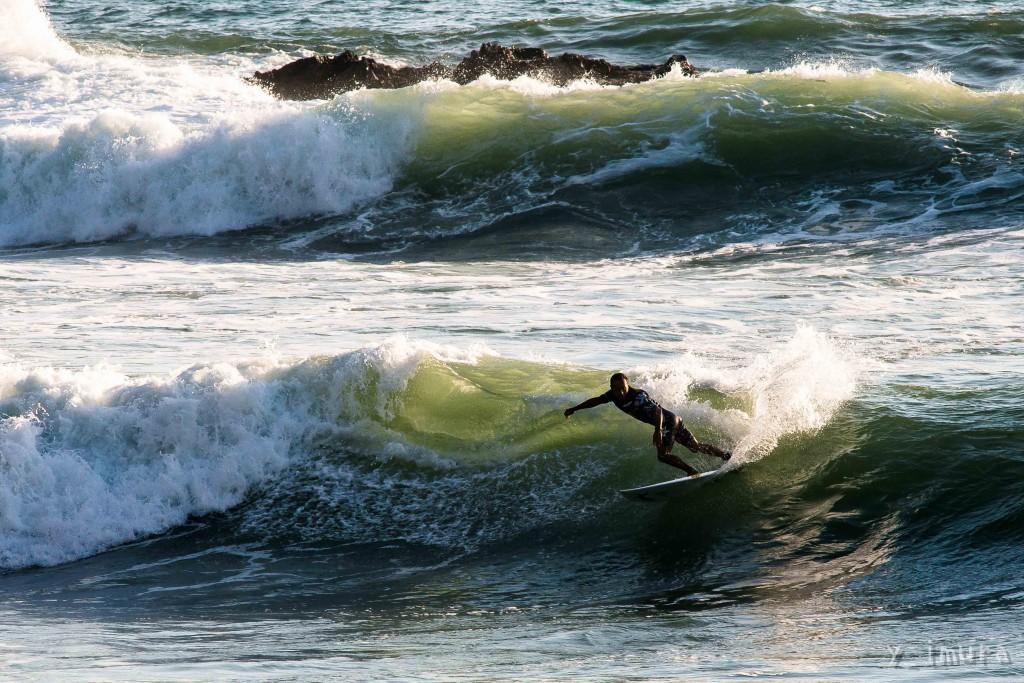 いい波に見えるが「ジャンの左」はエキスパートのサーファーにしか許されないサーフポイントだ