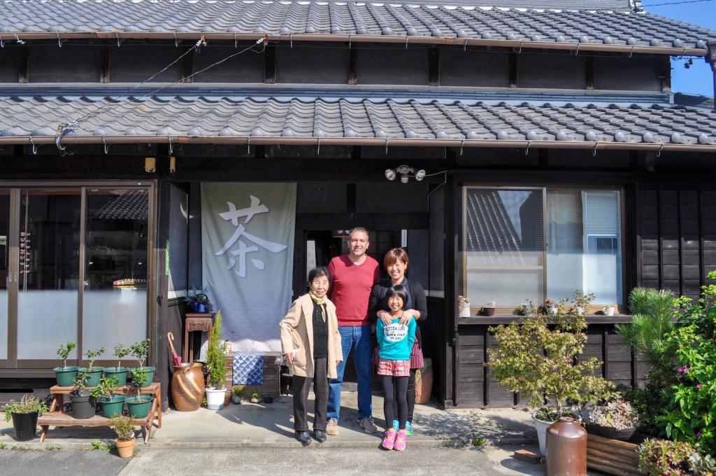 たづ子さん、加奈さん、加奈さんの娘さんとパチリ!