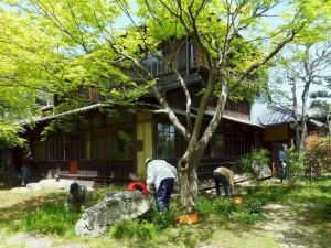 諸戸徳成邸清掃(2)150418
