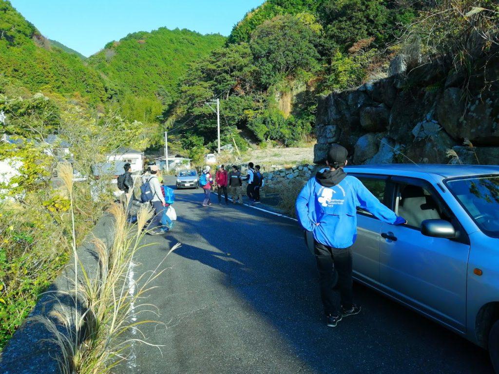 本当はこの後、熊野古道の下を通るトンネルを歩いてもらって、いかにこのトンネルが大切かを知ってほしかった…。