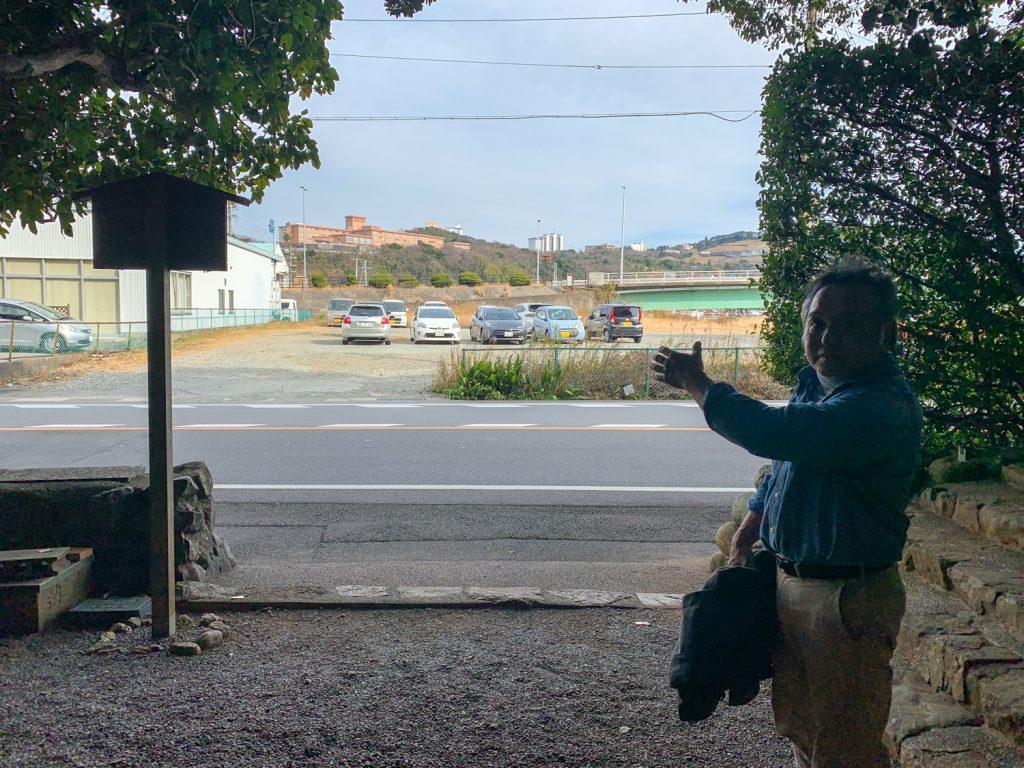 鳥羽市藤野郷で暮らす杉田さんとまち歩き 赤崎神社