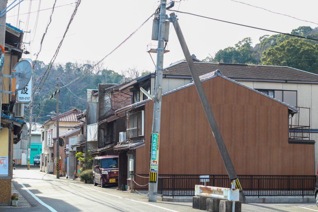 鳥羽市藤野郷で暮らす杉田さんとまち歩き マルサ商店方面